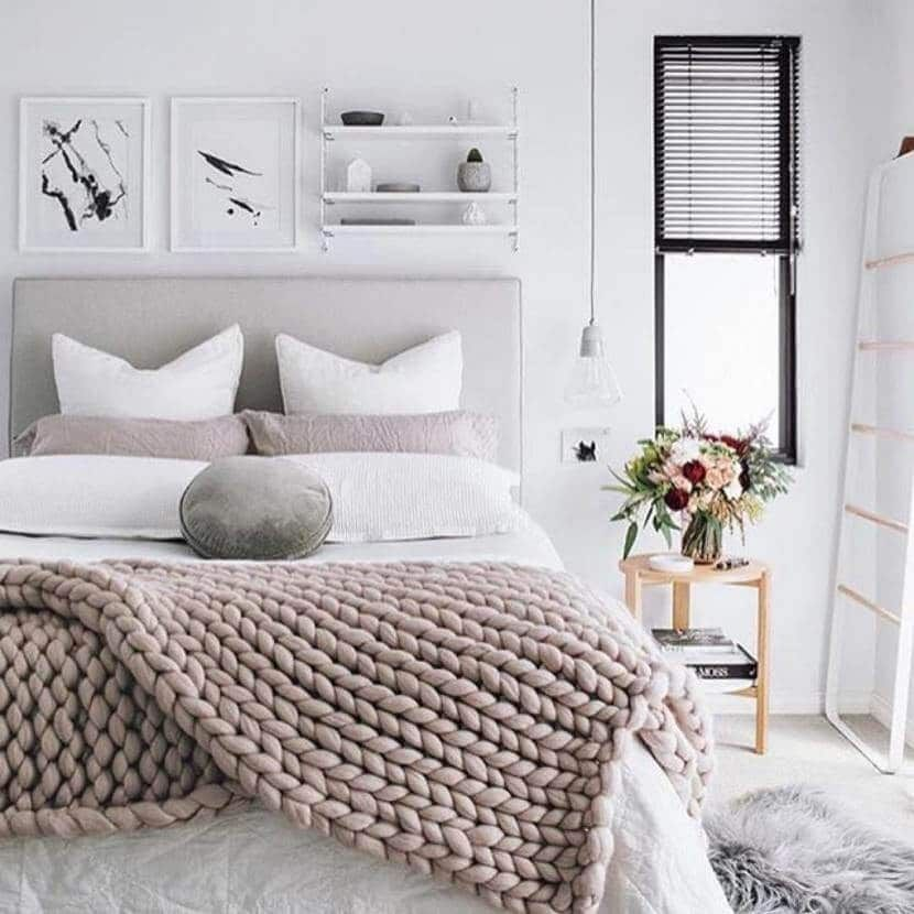 What A Great Way Of Blending Scandinavian And Minimalist The Combination Of Neutrals Pinks And Whites R Neutral Bedroom Decor Bedroom Interior Winter Bedroom Neutral bedroom ideas pinterest