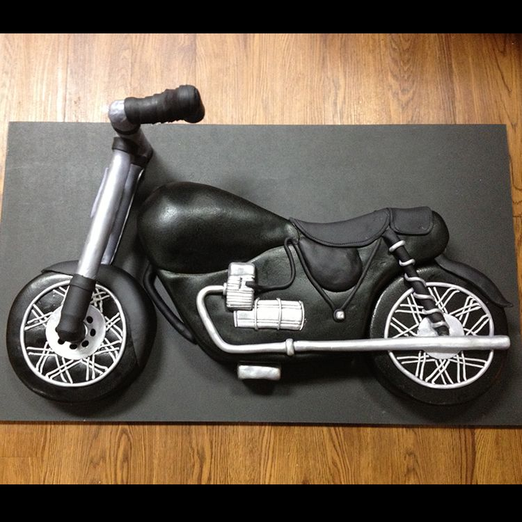Harley Davidson Motorcycle 3D sculpted cake birthday cake by