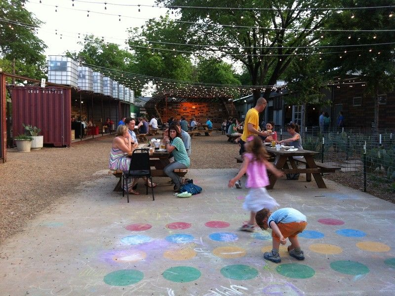 Best Bites For Little Ees 6 Kid Friendly Dallas Restaurants