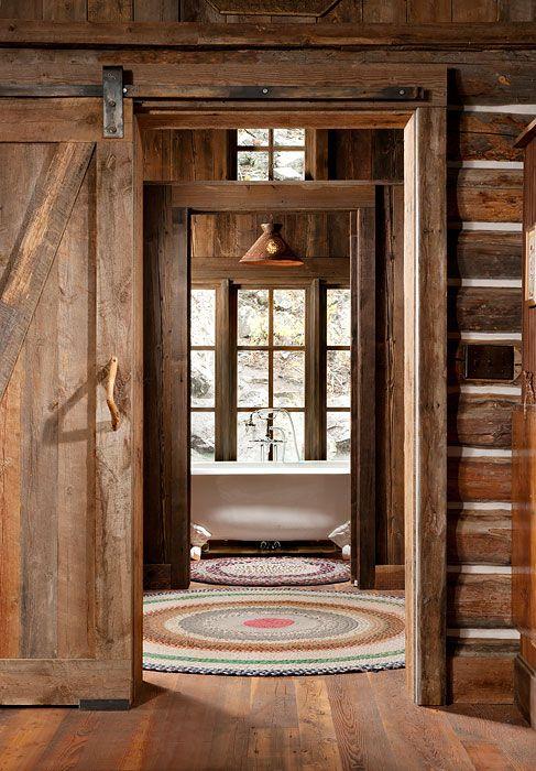 Cabin simplicity Outdoor baths showers Pinterest Cabañas, Para - puertas de madera para bao