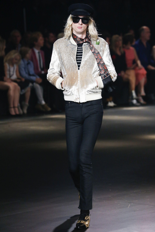 Saint Laurent Fall 2016 Menswear Fashion Show