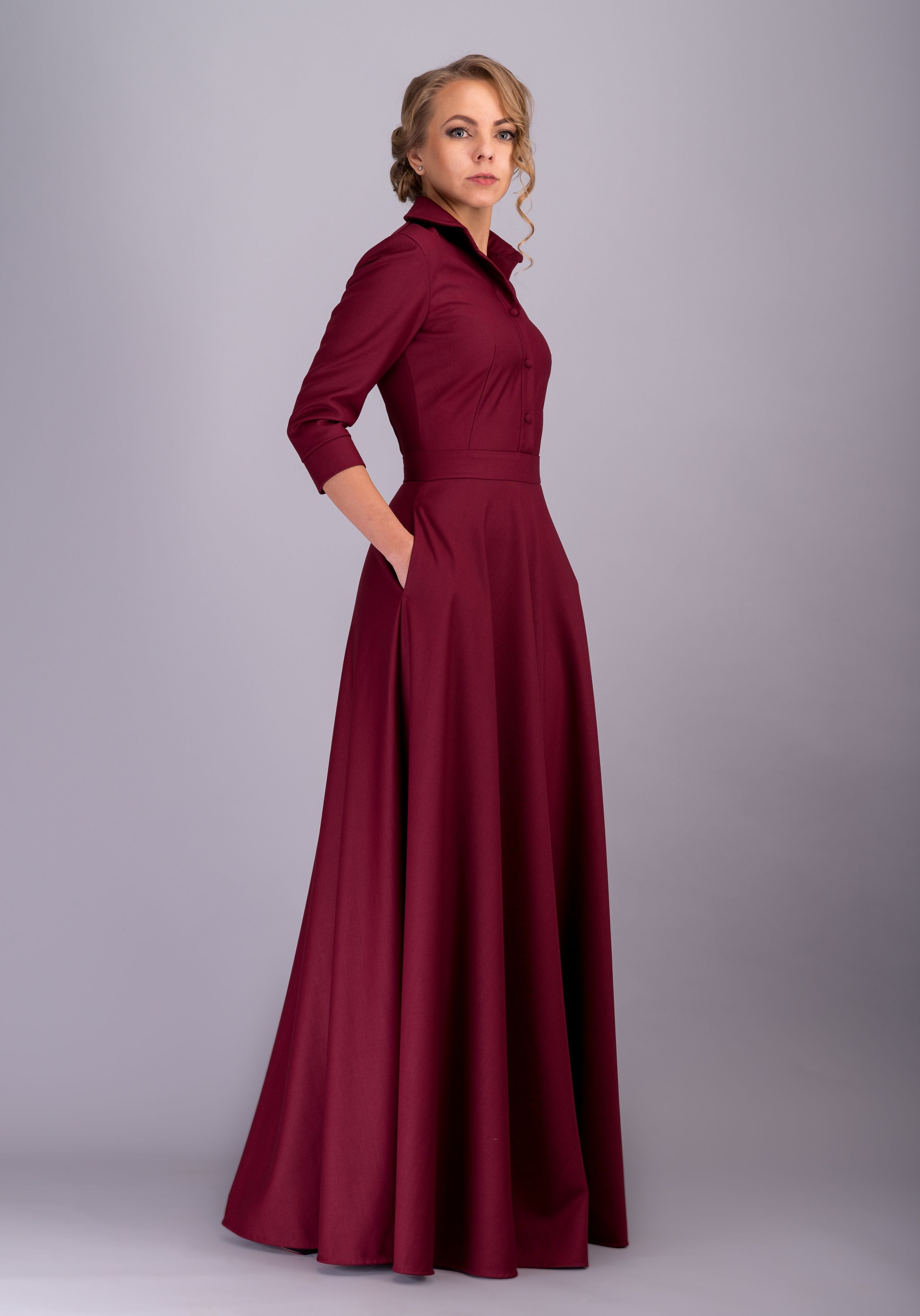 Pin By Duky On Robes D Hotesse Elegant Burgundy Dresses Modest Outfits Modest Dresses