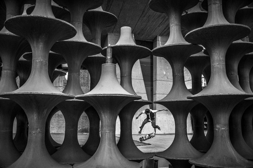 © Fred Mortagne skateboarding photography geometry