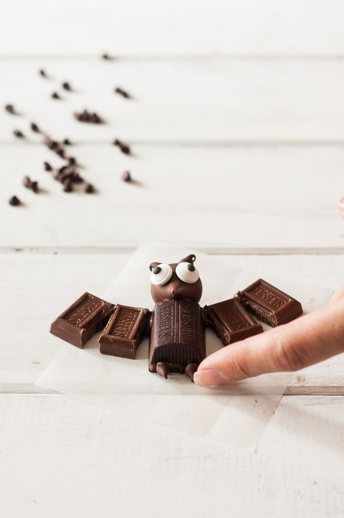 Mini Chocolate Bat Delights | Halloween | Pinterest