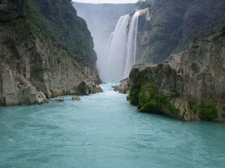 Cascada De Tamul En La Huasteca Potosina San Luis Potosi Cascada De Tamul Cascadas Tamul