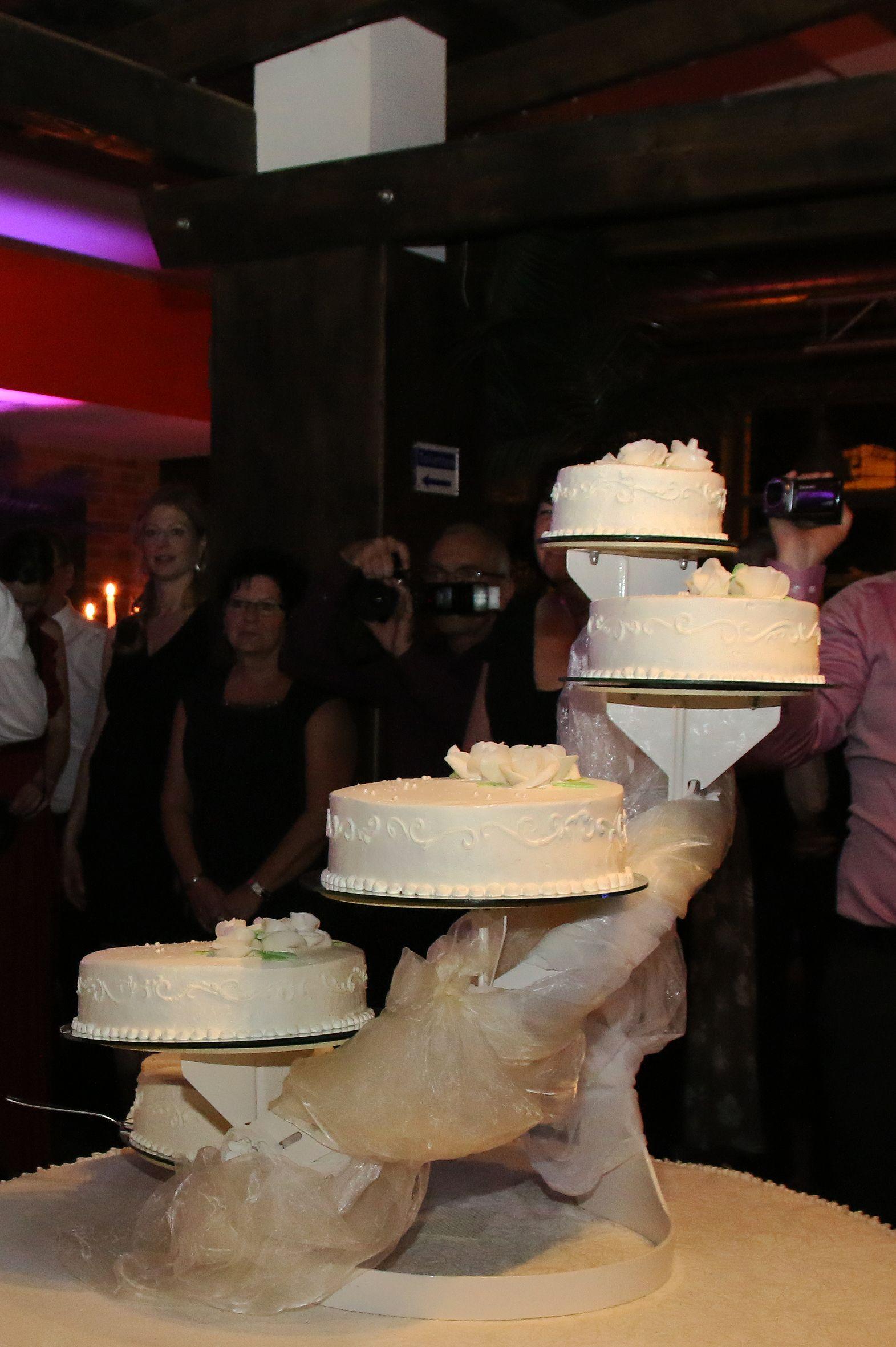 Hochzeitstorte In Braunschweig Dj Braunschweig Pinterest
