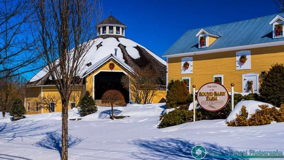 The Round Barn Bed &Breakfast in Waitsfield, Vt Bed and