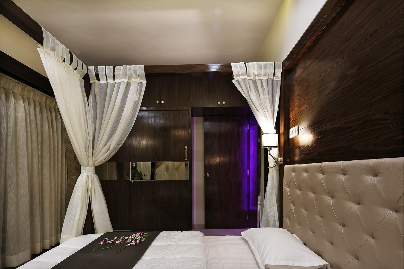 Master bedrooms luxury interior design by ogling inches design architects designerbedroom standardinterior urbanclaprooms