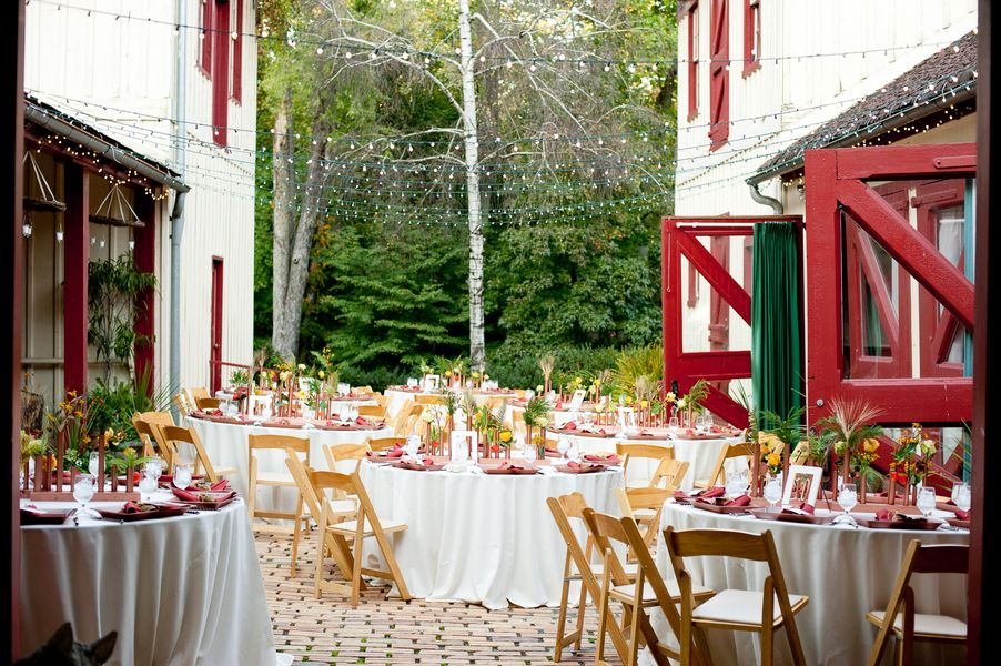 Fall Virginia Wedding Reception With Food Trucks Amira William