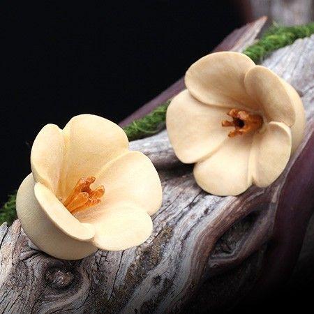 Bali Blossom Crocodile Wood Double Flared Plug #piercing #eargauge