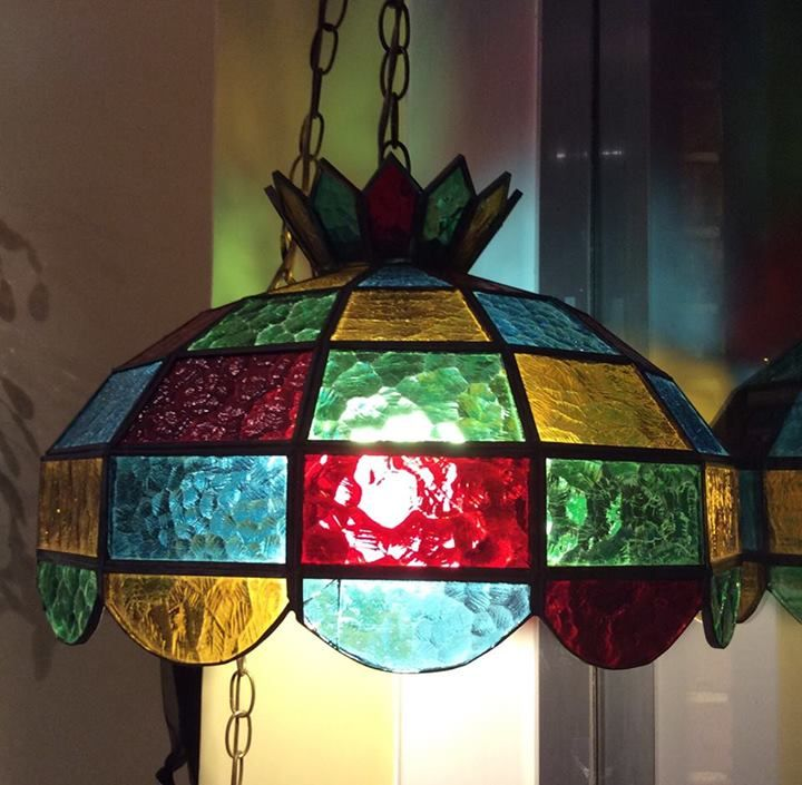 Stained Glass Hanging Chandelier Lamp  Improve Your Home Ambience Impressive Stained Glass Light Fixtures Dining Room Design Ideas