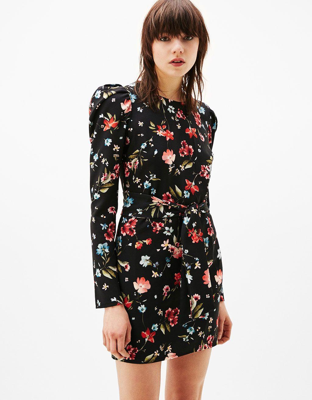 0abc18ecab Vestido estampado flores manga abullonada - Novedades - Bershka España