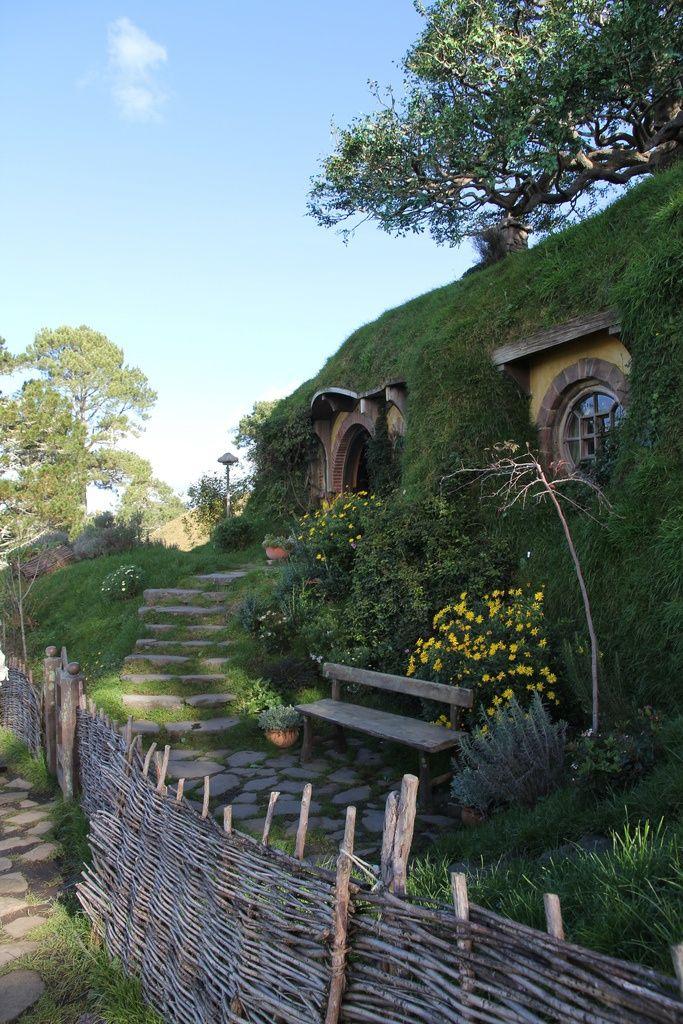 Bag End | Middle Earth | Style | Pinterest | Hobbit, Bag ...