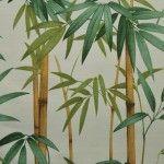 Loneta con cañas y hojas de bambú sobre fondo claro que por su composición y resistencia es adecuada para confección o tapicería.  El ancho de la tela son 280 cms, y es lavable.  Se vende en múltiplos de 0.5 metros  1 unidad = 0.5 mto x 2,80 mtos, 2 unidades = 1mto x 2,80 mtos. , 3 unidades = 1.5m …  La tela seenvíade una pieza.  12€ = medio metro = 0,50 mtros