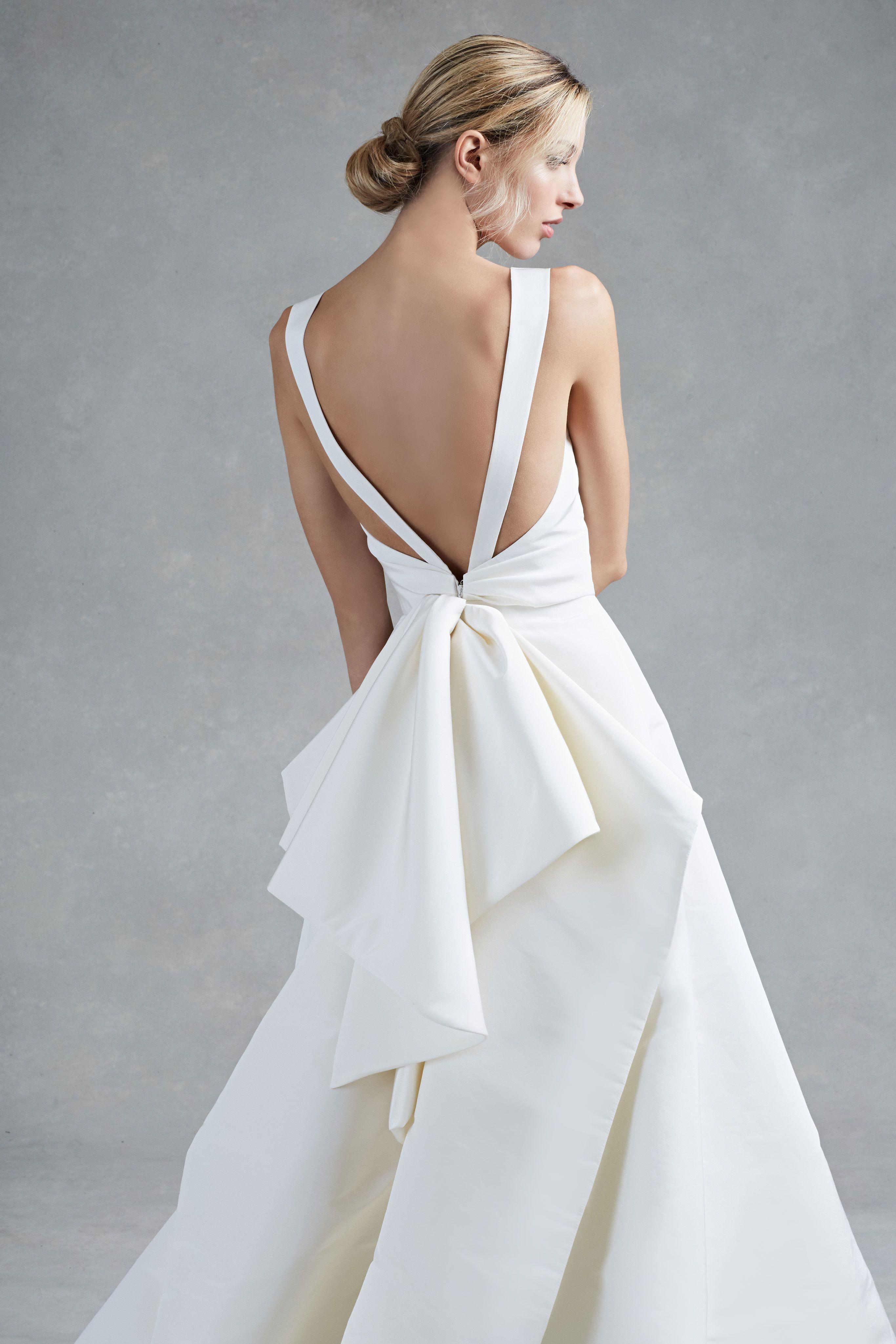 Oscar De La A Fall 2017 Bridal Collection Hayden Wedding Dress Bow