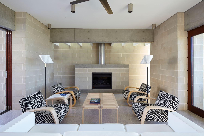 Architec Smooth Colour Alabaster Retaining Wall Design Cinder Block Walls Breeze Block Wall