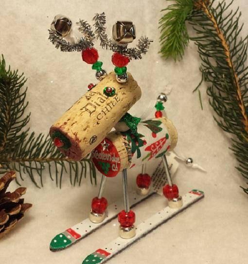 WINE CHRISTMAS ORNAMENT Winedeer ™ Very Merry Moose-Bighorn DIY - moose christmas decorations