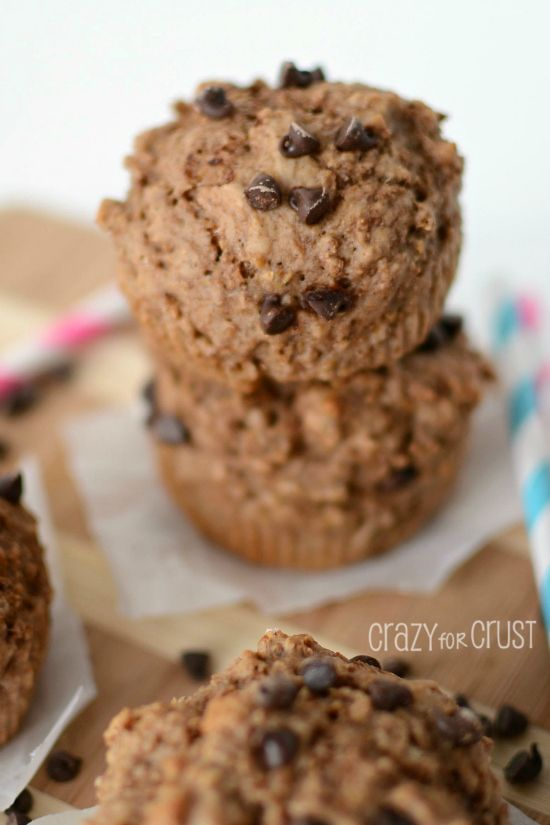 Skinny Chocolate Muffins - only 102 calories each! www.crazyforcrust.com