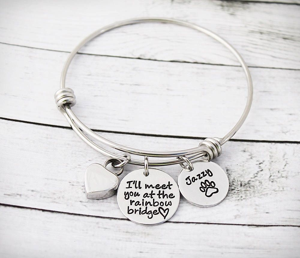 Pet Memorial Bracelet Dog Cremation Urn Bracelet for Ashes Sympathy Gift
