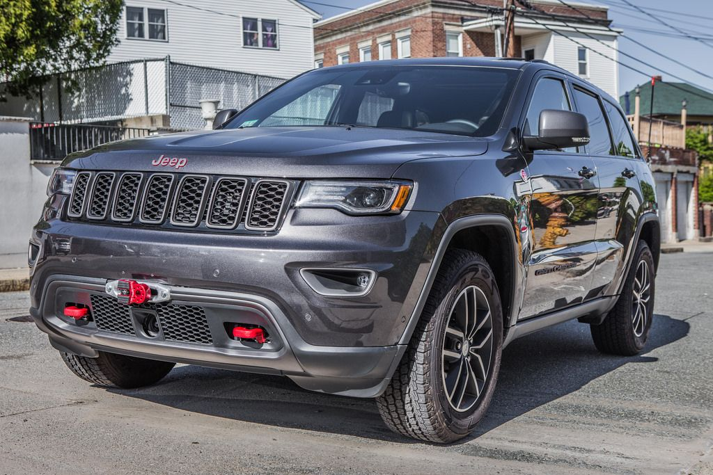 Jeep Grand Cherokee Forum >> Chief Products Hidden Winch Installation Jeep Garage Jeep Forum