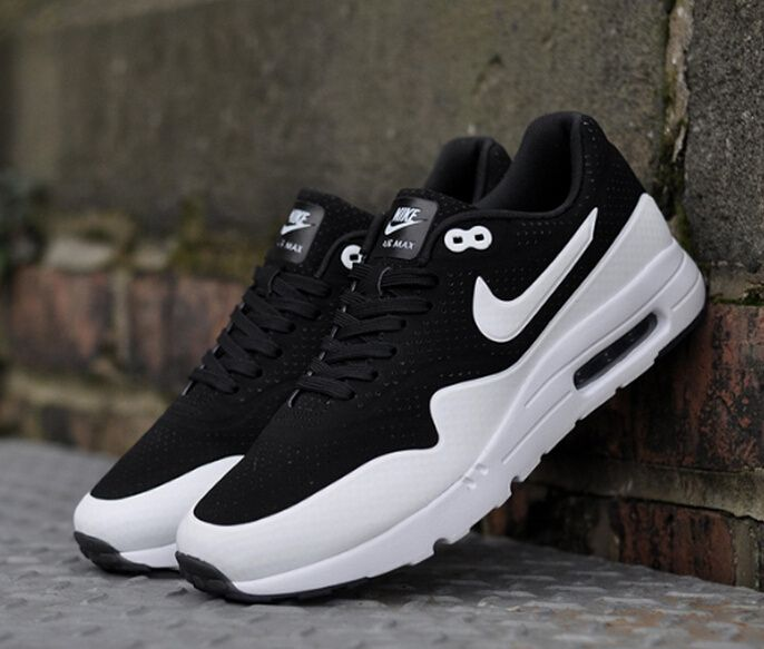 Mens Nike Air Max 1 Ultra Moire 724390 001 Black White