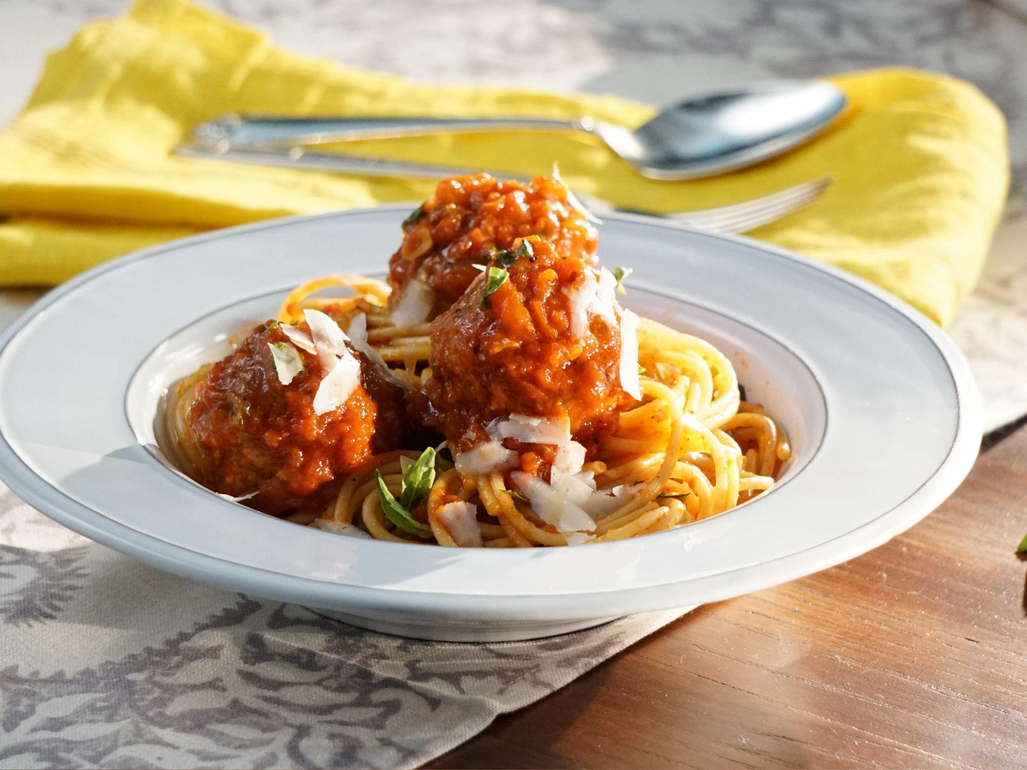 Moms spaghetti and meatballs receta comidas italianas italiano moms spaghetti and meatballs receta comidas italianas italiano y comida forumfinder Choice Image