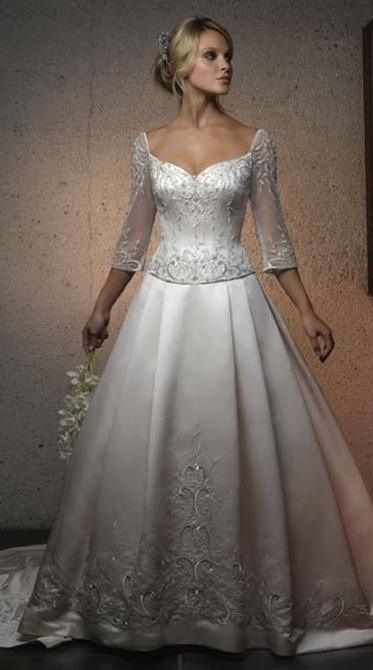 pretty wedding dress, Casablanca