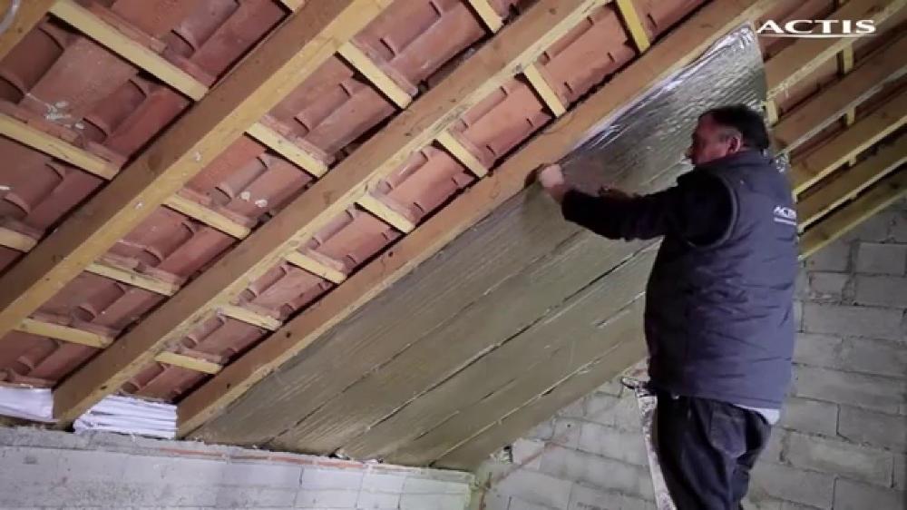 Isoler Un Toit De Garage Comment Une Sous Toiture Avec HYBRIS YouTube | Isolation toiture, Toiture