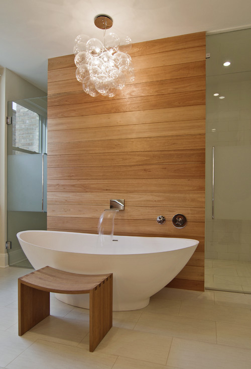 Leavitt Residence. Yes, this is a bath I would actually want!