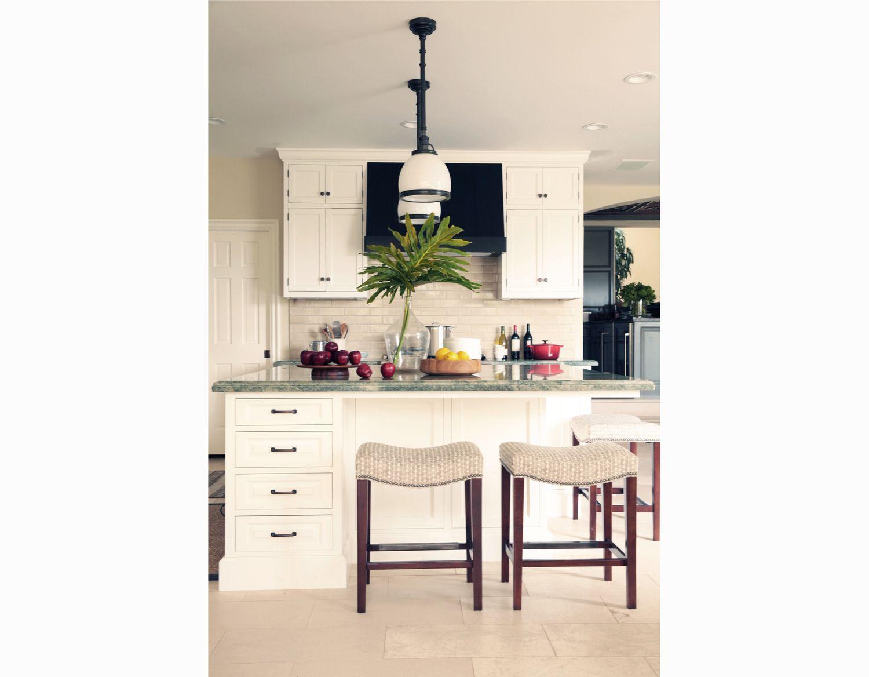 Corona Del Mar Kitchen White Kitchen Interior Design Orange County Brittany  Stiles 2