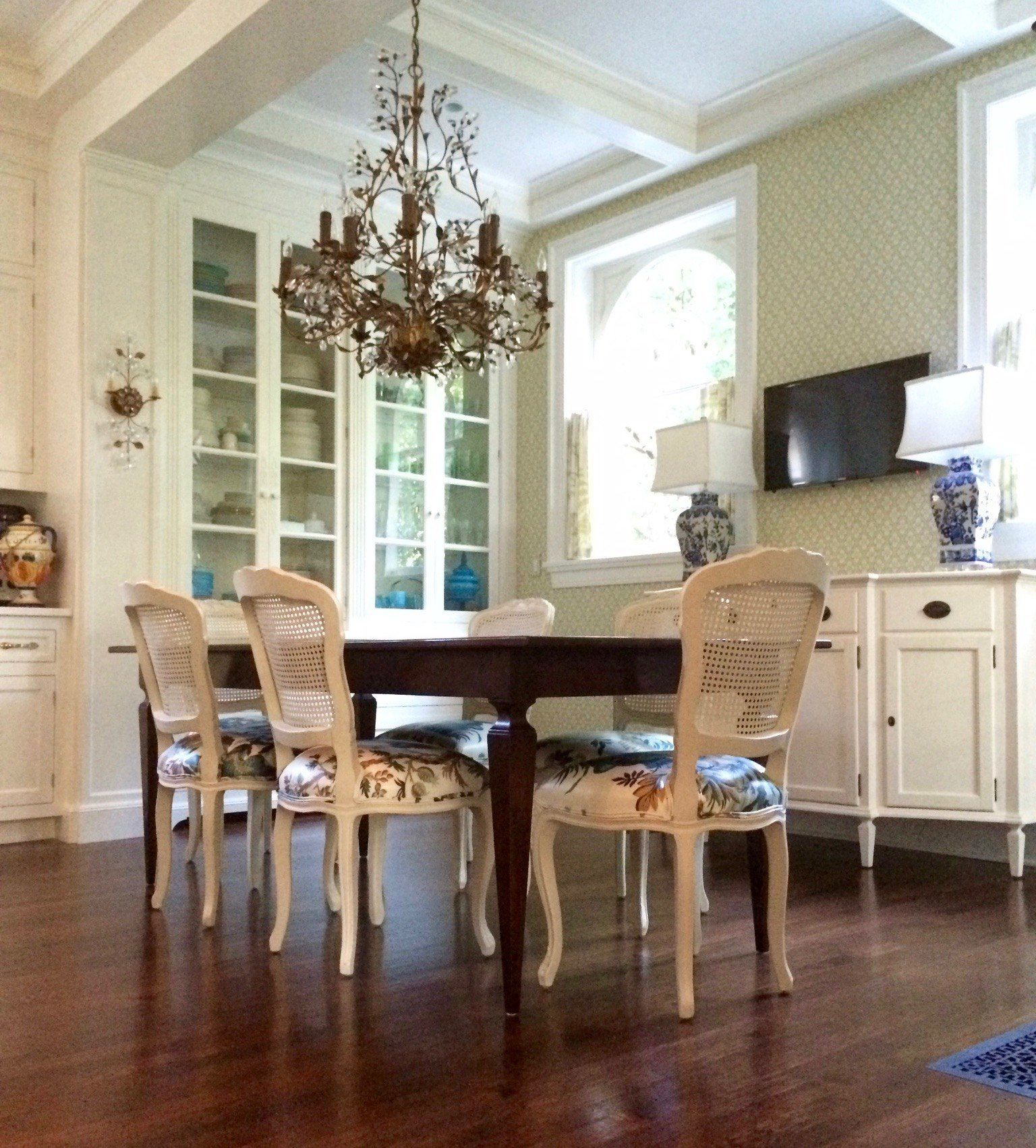 Decorate Living Room And Dining Room Combo: Budget Friendly Living-Dining Room Combo