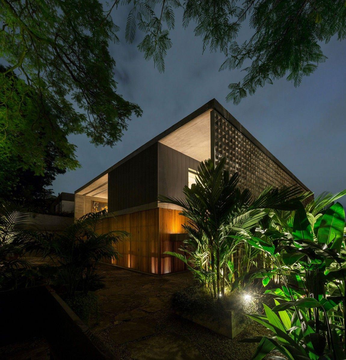 B+B House in São Paulo, Brasil by Studio mk27 & Galeria Arquitetos