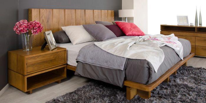 Recamara con cabecera entrecortada elaborada en color for Recamaras con cabecera tapizada