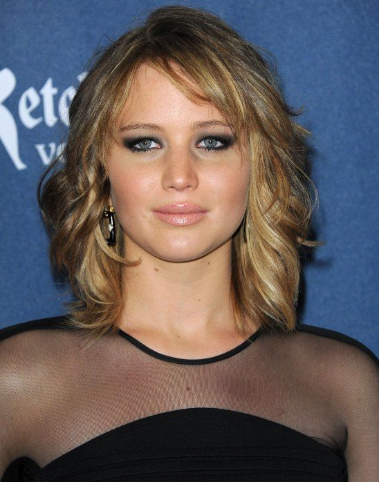 Jennifer Lawrence Shoulder Length Layered Hair Jennifer Lawrence Short Hair Jennifer Lawrence Haircut Hairstyle