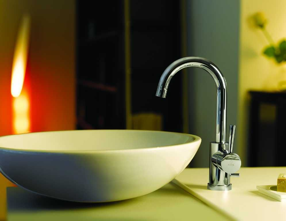 Hos Flisekompaniet finner du et stort utvalg av blandebatterier til bad og kjøkken. Alt fra tradisjonelle og klassiske til moderne designbatterier.