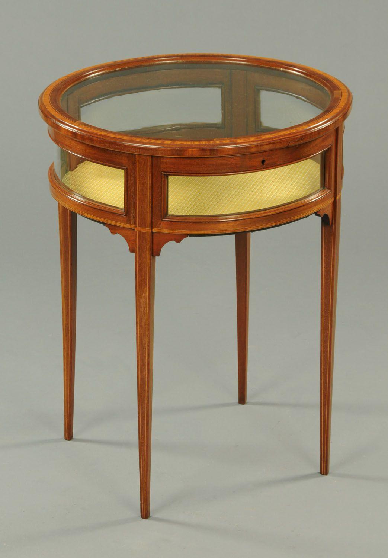 A Beautiful Antique Edwardian Mahogany Bijouterie Table Circa  # Muebles Estilo Hepplewhite