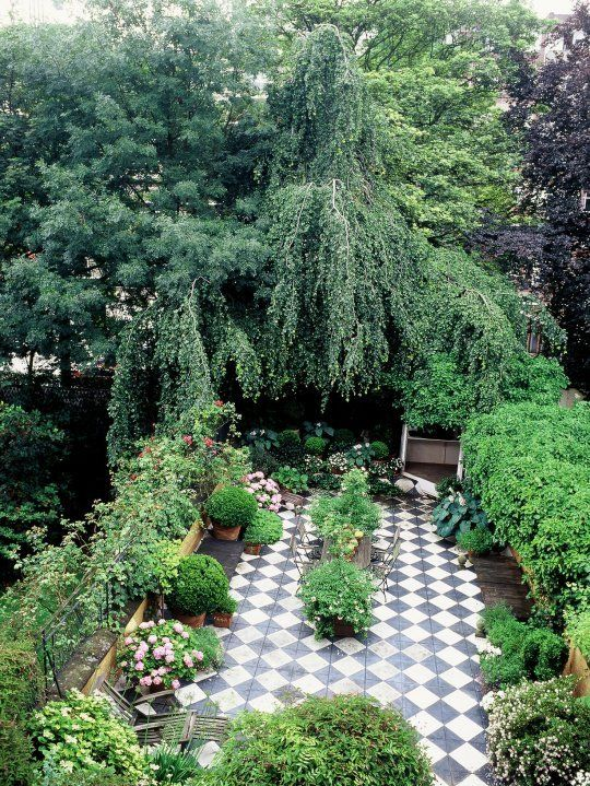Need Help Decorating Your Outdoors Check This Outdoor Decorating Ideas For The Perfect Outdoor Outdoor Outdoor Gardens Urban Garden