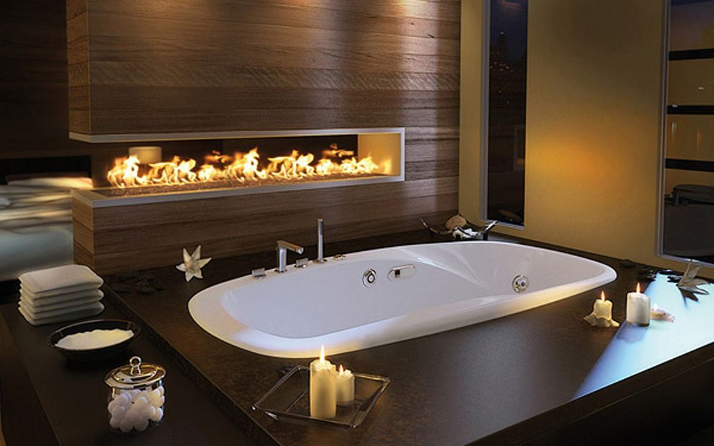 Love the ledge around the tub for putting all the sensuous lanterns ...