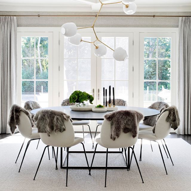Extravagant dining room images this month || Feel the wilderness straight from your home and match the newest interior design trends || #trends #luxuryhouses #luxuryhouse || Check it out: http://homeinspirationideas.net/category/room-inspiration-ideas/dining-room/