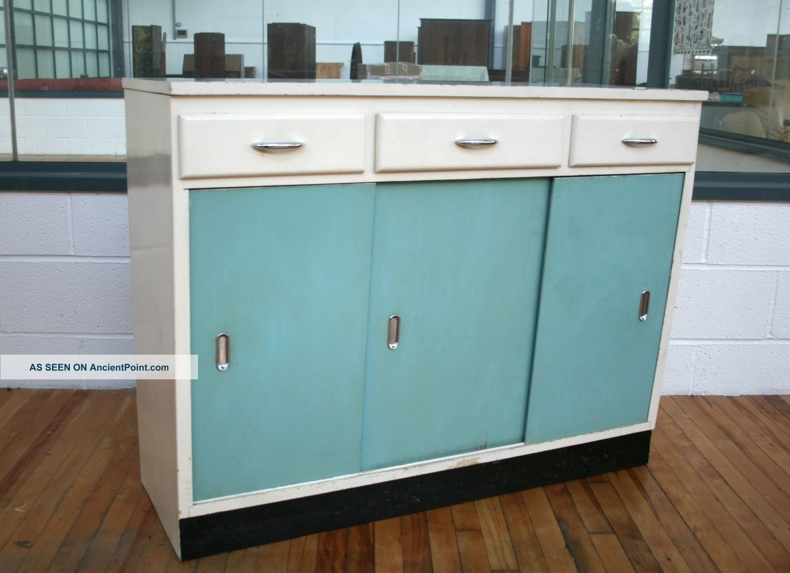 1950s Kitchen Cabinet Retro Formica 50s Vintage 1900-1950 ...