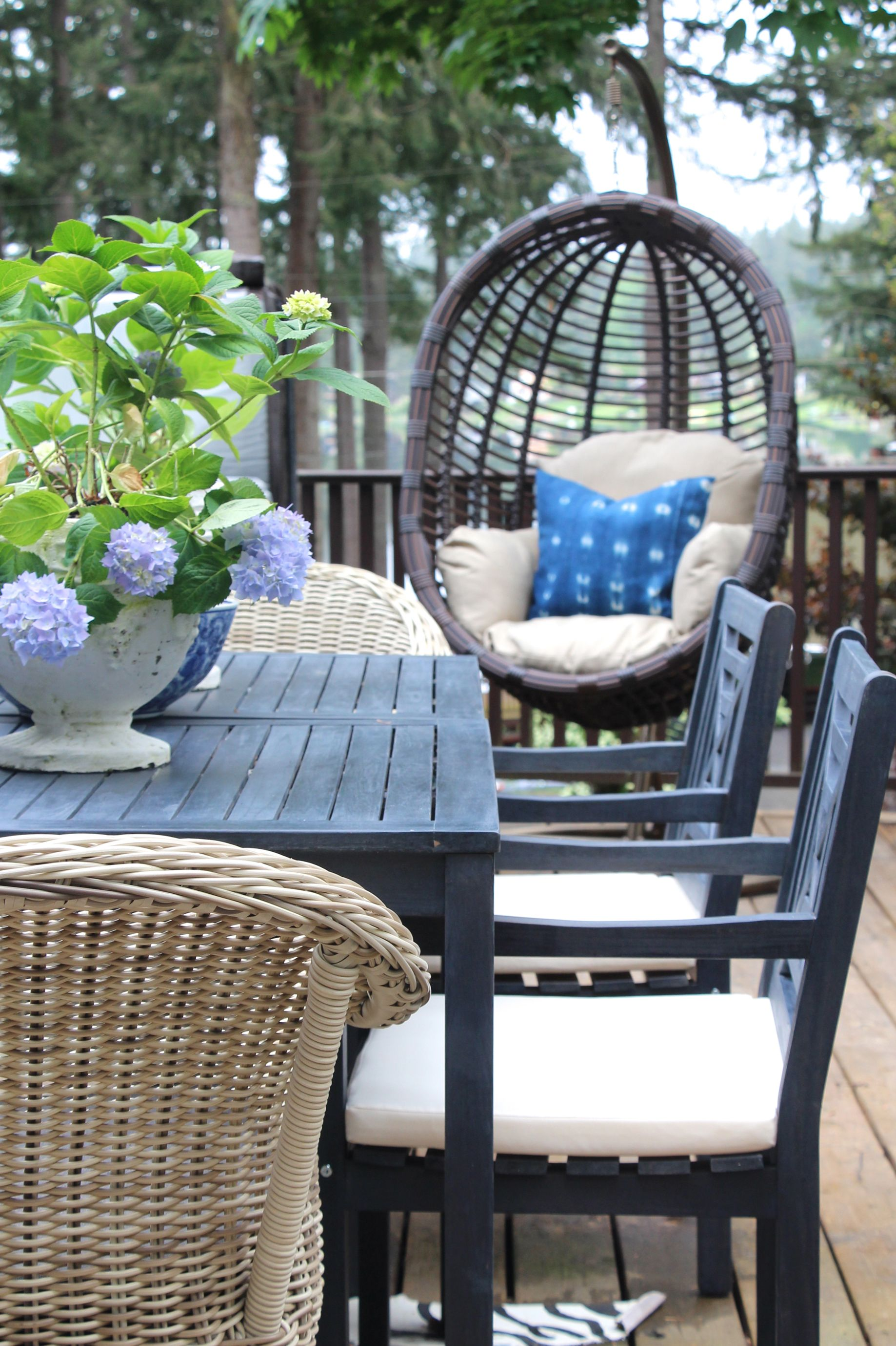 10 Inspiring Ways To Give Your Patio A Diy Makeover This