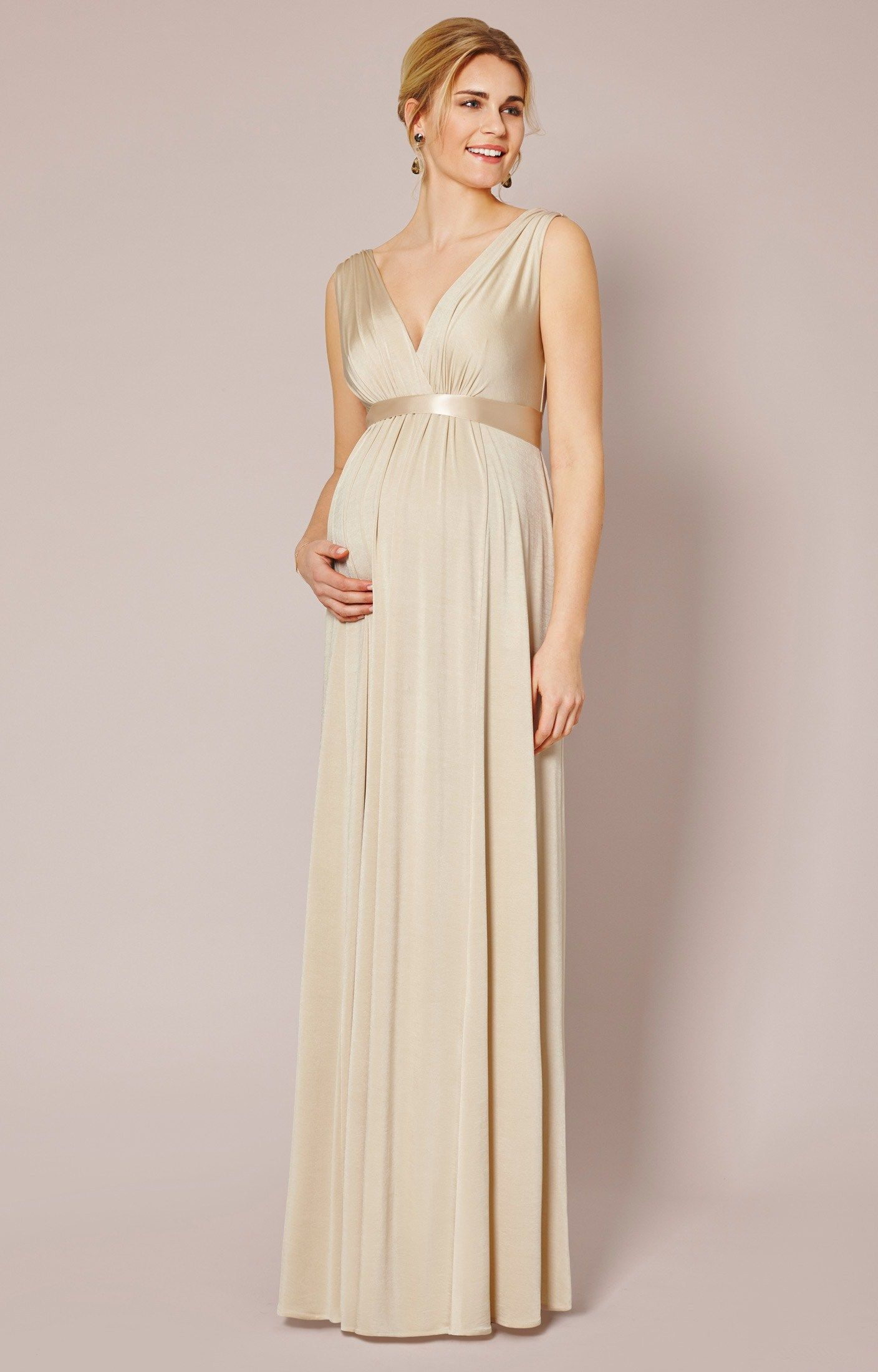 New style designer maternity dresses in black and gold would be