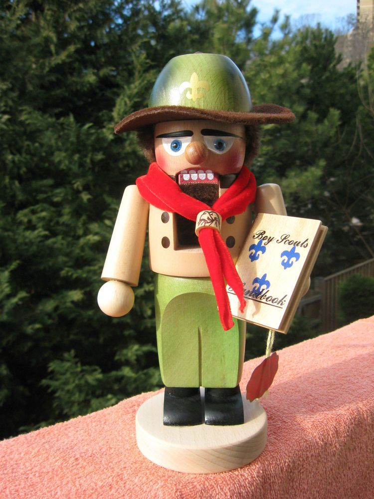 Steinbach Boy Scout German Christmas Nutcracker