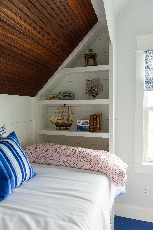 Loft bedroom with no door Prodigious Tips Attic Interior Awesome attic interior awesomeAttic