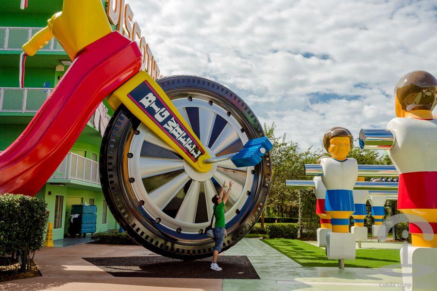 Disney Pop Century Resort Crimenes de la Moda Disney