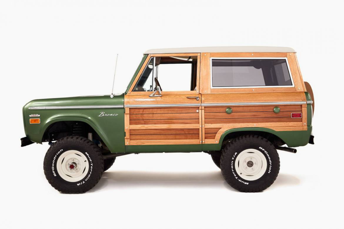 This Custom Woody Ford Bronco Is The Ideal Surfmobile Classic Ford Broncos Ford Bronco Bronco
