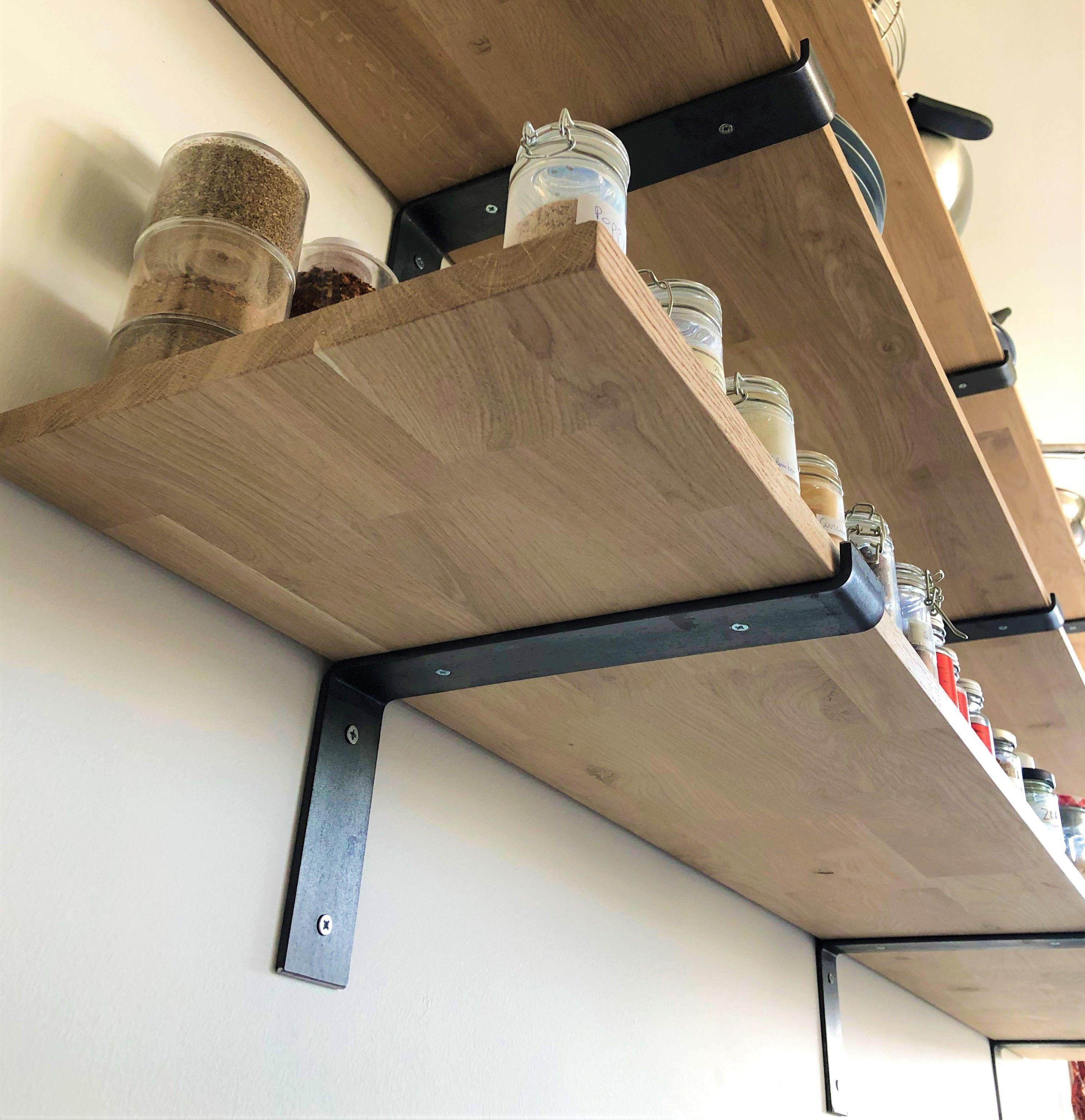 Equerre Murale Pour Planche En Bois Pour Une Deco Industrielle Ideale Dans Un Garage Une Cuisine L Etagere Murale Cuisine Decoration Etageres Parement Mural