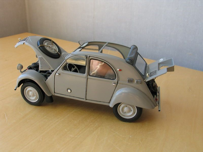 Citroen 2cv Sahara 1 24 Scale Model Auto Eend