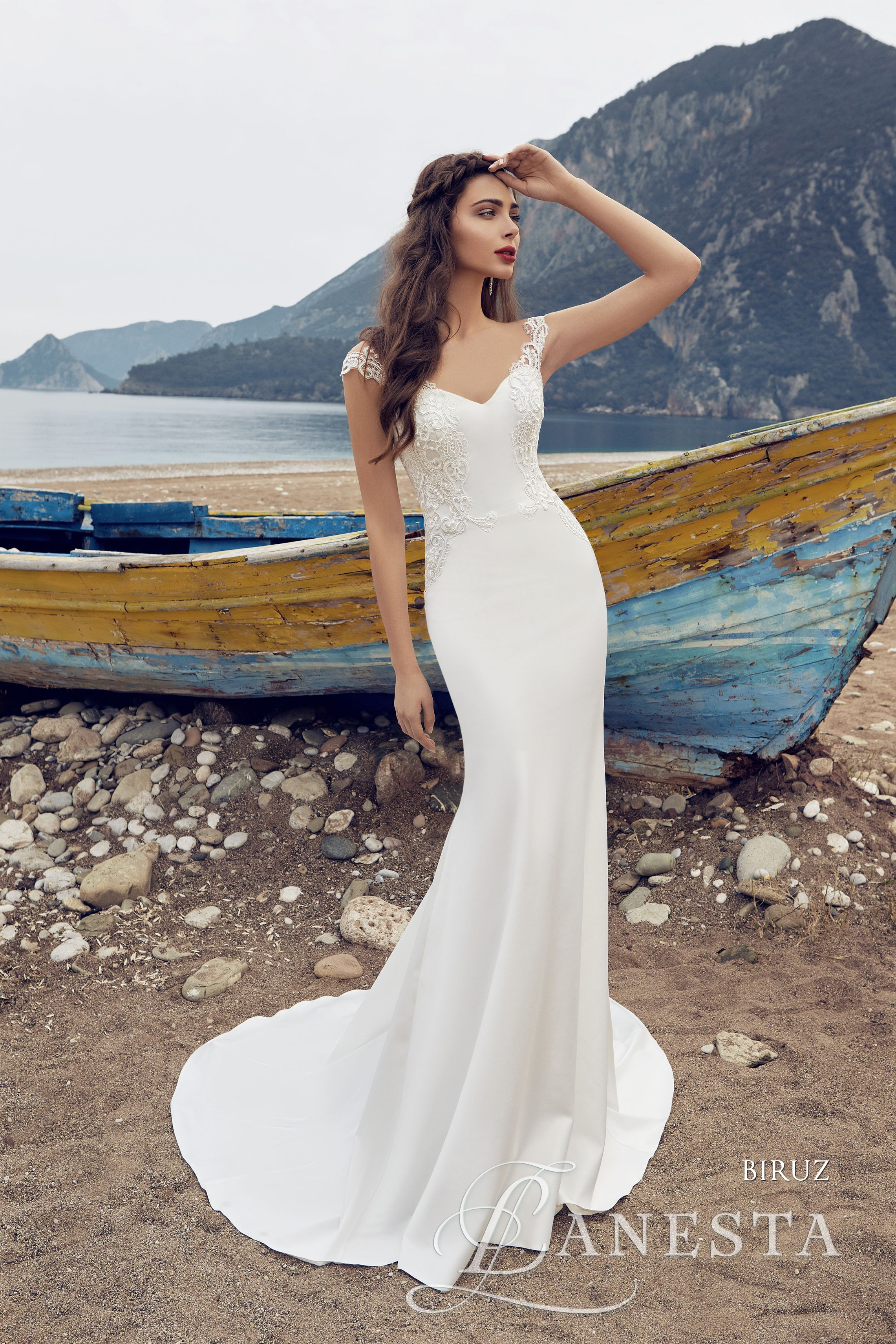 Pin by Európa Ruhaszalon  Europe Wedding Dress Shop on Lanesta ... 3e148a6265