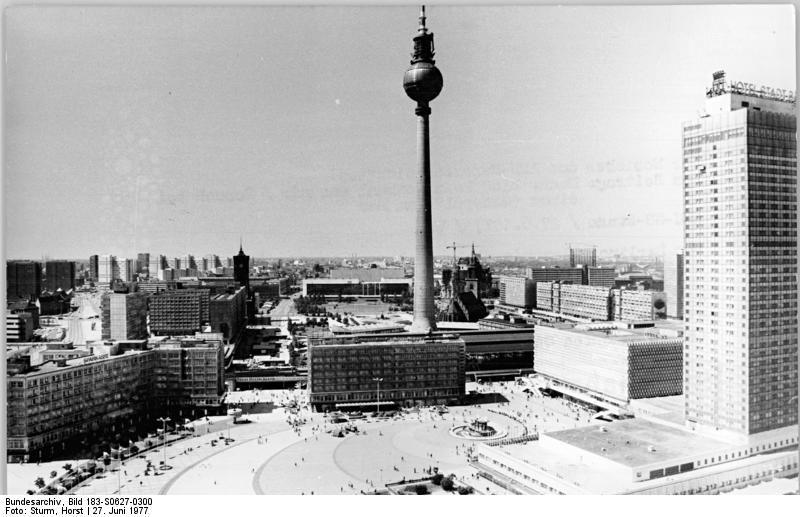 Alexander Platz Berlin Ddr West Berlin East Berlin East Germany
